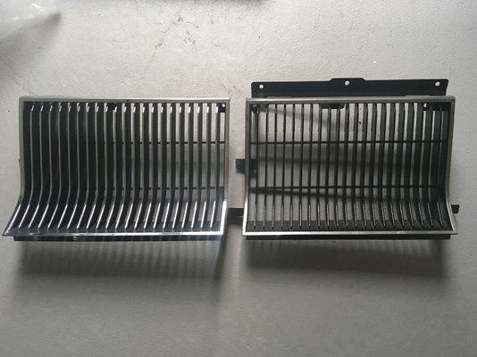 6 Grilles side by side.jpg